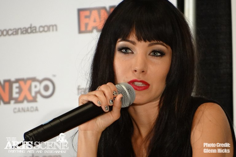 Fan Expo 2012: The Lost Girl Cast