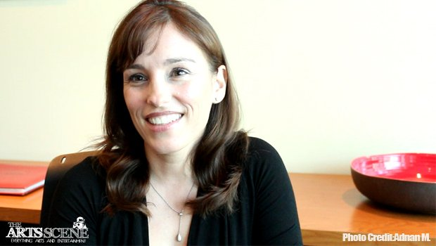 Amy Jo Johnson chats about BENT, music & more!