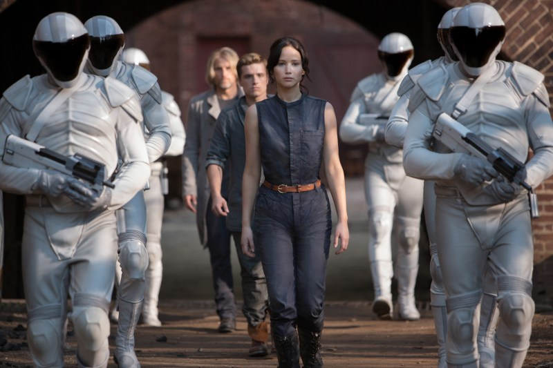 The Hunger Games: Catching Fire (2013) – Movie Review